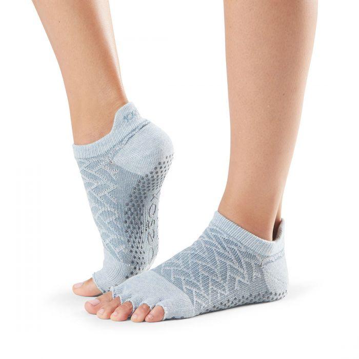 Toesox ponožky na jogu